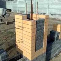 Забор с кирпичными столбами _2